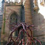 Escultura de Steve Tobin en Trinity Church - Nueva York