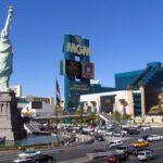 Hoteles Nueva York y MGM en la avda Tropicana de Las Vegas - Nevada
