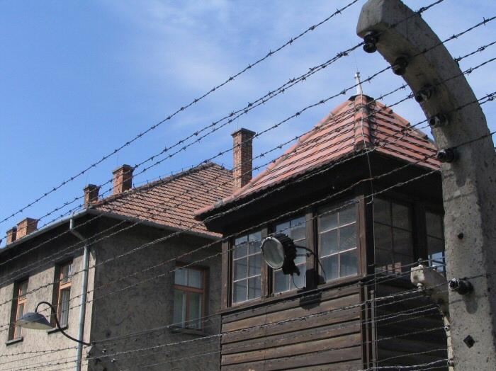 Memorial y Museo del antiguo campo de concentración de Auschwitz cerca de Cracovia en Polonia