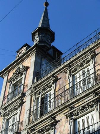 Detalle de la Casa de la Panadería en la Plaza Mayor de Madrid en España