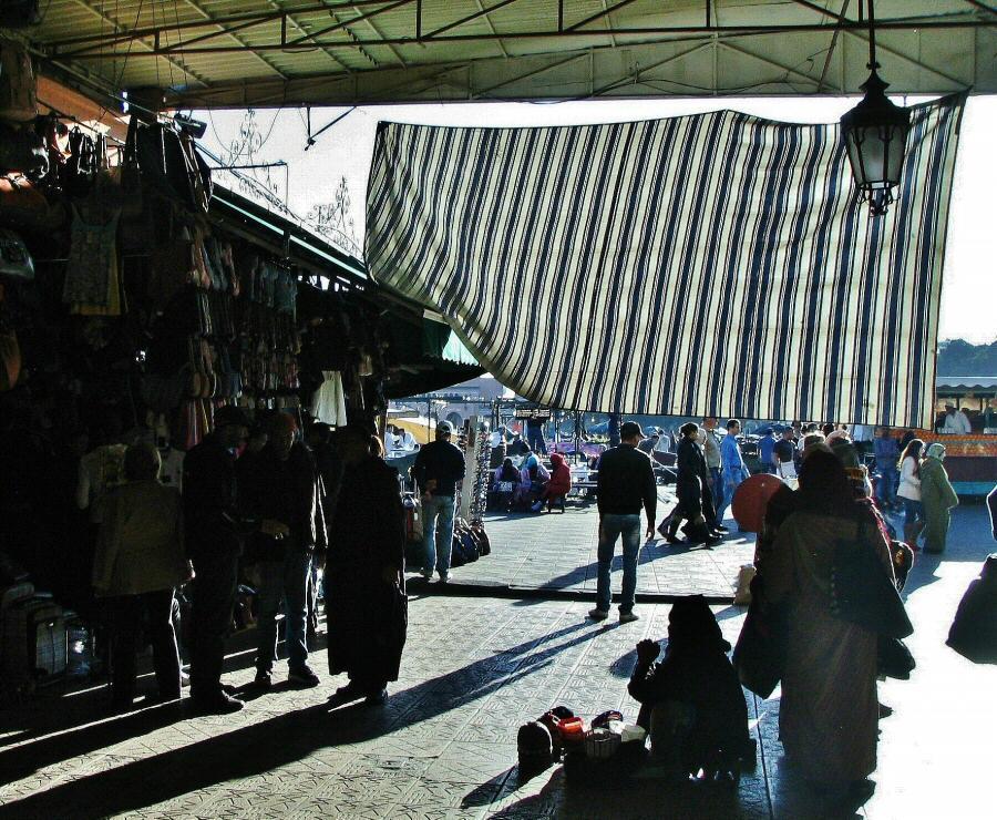 Entrada a los Zocos desde la Plaza Jemaa El Fna en Marrakech