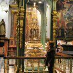 Rincón de la basílica renacentista de la Mezquita de Córdoba