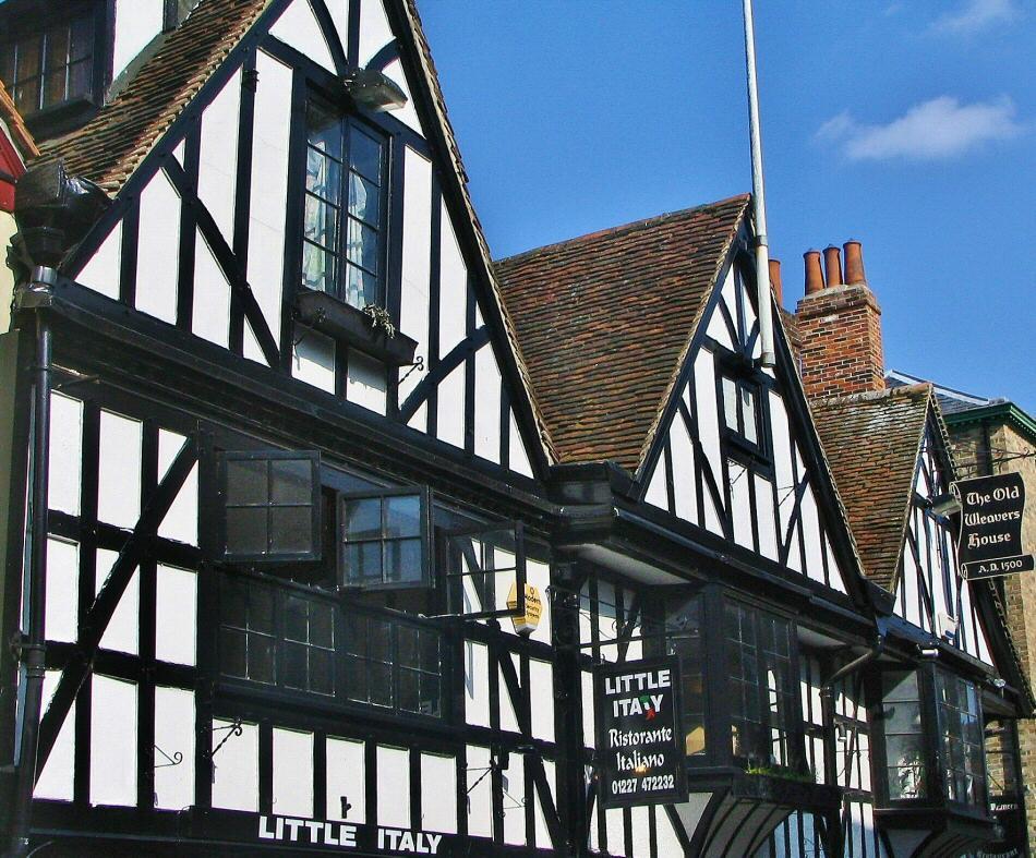 Casas entramadas en Canterbury al sur de Inglaterra