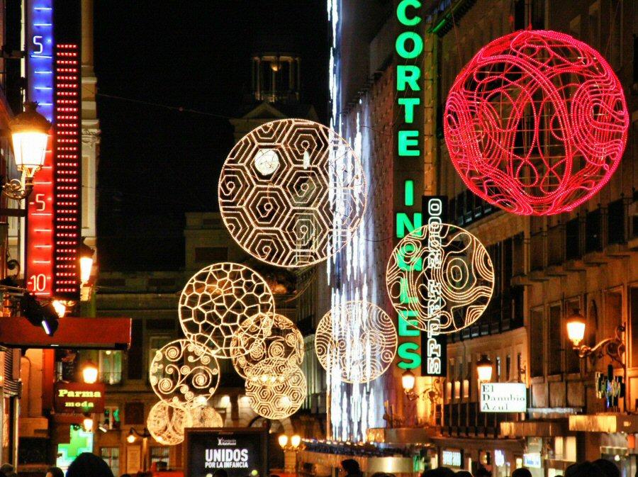 Luces de Navidad 2010 en la calle Preciados de Madrid