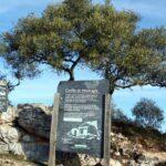 Cartel informativo del Castillo del parque nacional de Monfrague en Extremadura