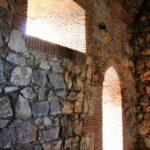 Interior de la torre Castillo del parque nacional de Monfrague en Extremadura