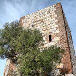 Torre del Castillo de Monfrague en el parque nacional en Extremadura