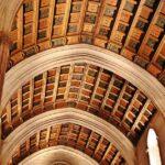 Nave de la iglesia gótica del sXIII en la antigua mezquita de Córdoba