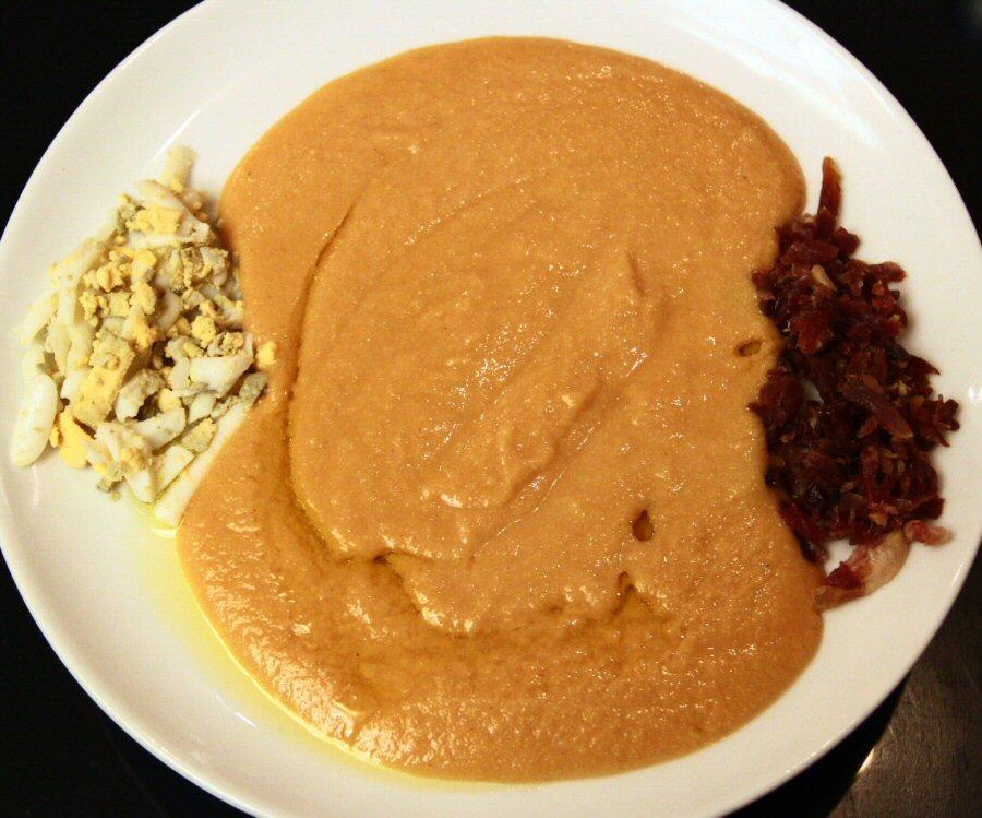 Salmorejo, especialidad gastronómica en Bodegas Mezquita en Córdoba