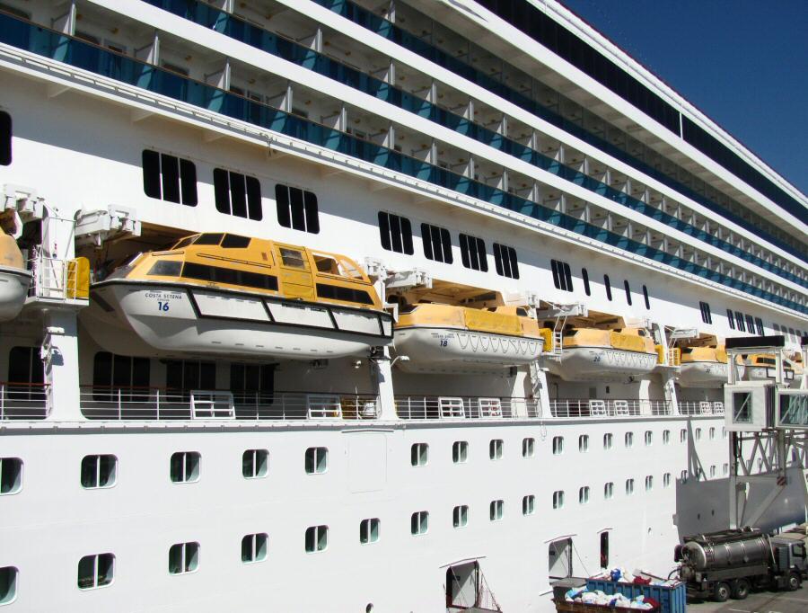 As es el gran barco de cruceros costa serena gu as viajar - Mes del crucero ...