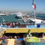 Piscinas posterior del barco de cruceros Costa Serena