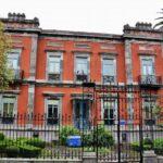 Casa de indiano en la calle Galiana de Avilés en Asturias