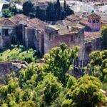 Vistas de la Alcazaba desde el castillo de Gibralfaro en Málaga