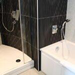 Ducha y baño en la habitación del Hotel Suite Novotel de Málaga