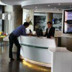 Recepción del Hotel Suite Novotel de Málaga