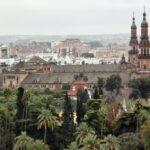 Vistas panorámicas del Parque Maria Luisa desde la Giralda de Sevilla
