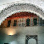 Detalle de un arco en el interior de la Alcazaba de Málaga
