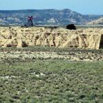 Torre de las instalaciones militares del campo de tiro de Bardenas Reales en Navarra