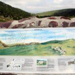 Panel informativo del monte Azpegui de Irati en Navarra