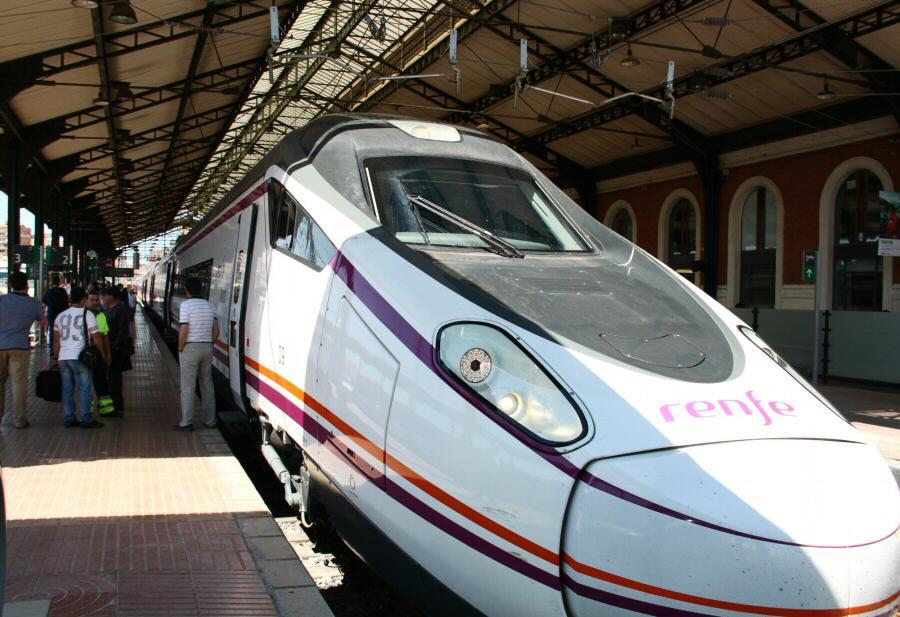 Nuevos trenes Avant de Madrid a Segovia y Valladolid