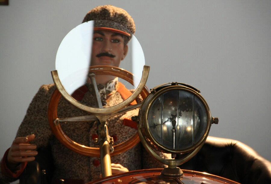 Coches clásicos en el Museo Automovilístico de Málaga