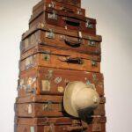 Colección de maletas de viaje en el Museo Automovilístico de Málaga