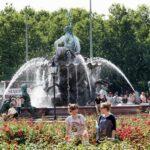 Fuente de Neptuno en Alexanderplatz en Berlín