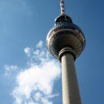 Fernsehturm, torre de televisión en Alexanderplatz en Berlín