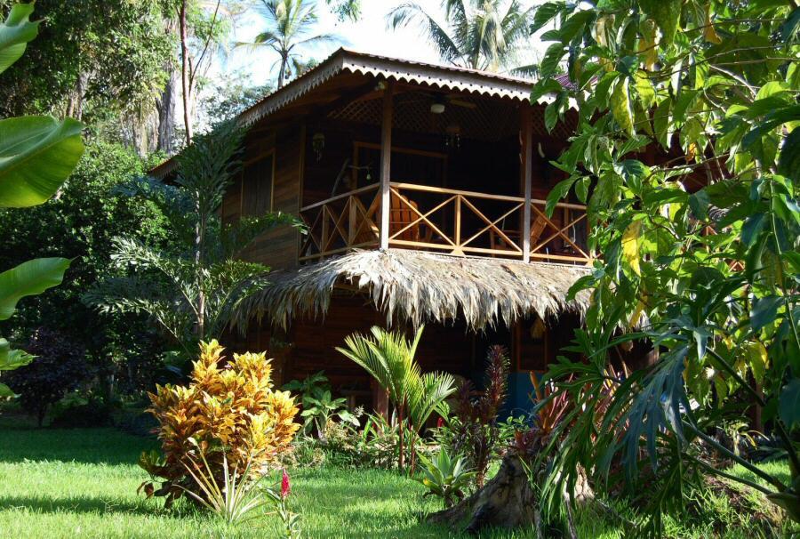 hoteles de playa costa rica: