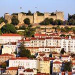 Vista panorámica del Castillo de San Jorge en Lisboa