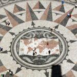 Gran mosaico junto al Monumento a los Descubrimientos en Belem en Lisboa