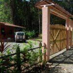 Entrada a la casa de alquiler Samadhi en Puerto Viejo en Costa Rica