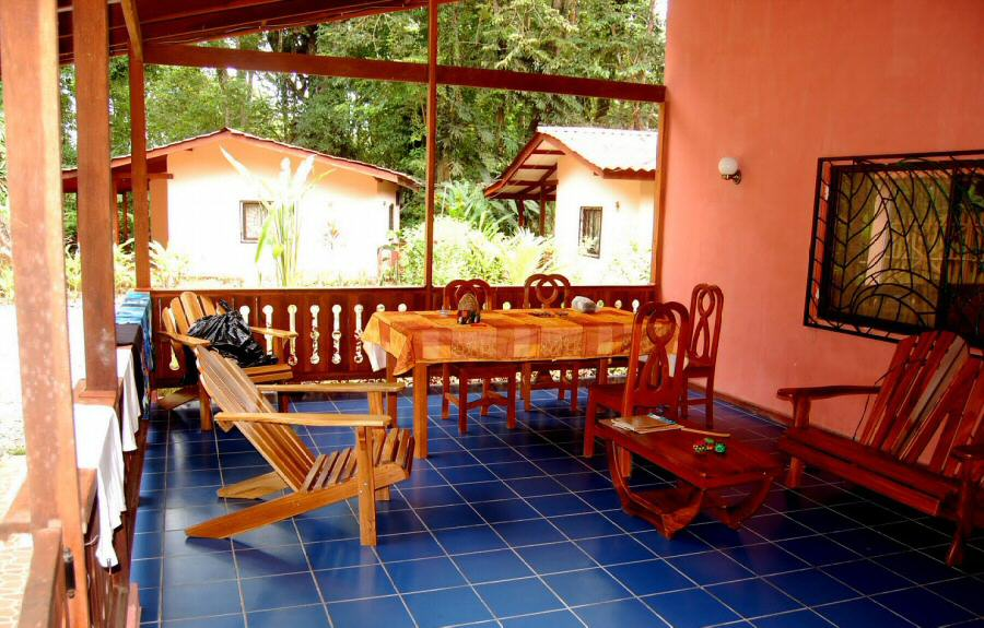 Costa rica fotos casa samadhi en puerto viejo gu as viajar for Alquiler de casas en aeropuerto viejo sevilla