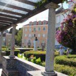 Jardines del mirador de Santa Lucía en Lisboa