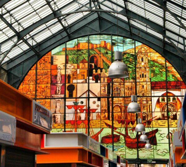 Vidrieras en el Mercado Central de Atarazanas de Málaga
