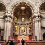 Interior del Dom Catedral de Berlín