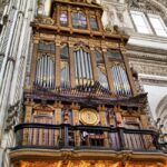Organo en el Coro de la la catedral cristiana de la Mezquita de Córdoba