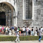 Cola de entrada al Monasterio de los Jerónimos de Belem en Lisboa