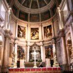 Altar Mayor de la iglesia del Monasterio de los Jerónimos en Lisboa