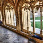 Arcos del Claustro del Monasterio de los Jerónimos de Belem en Lisboa