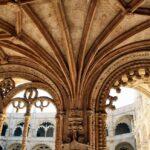 Decoración del Claustro del Monasterio de los Jerónimos de Belem en Lisboa