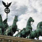 Cuádriga de la Victoria sobre la Puerta de Brandenburgo en Berlín