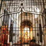 Interior de la iglesia de los Dolores en la plaza de los Capuchinos en Córdoba