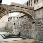 Antigua muralla almohade en el recinto del MAHE Museo Arqueológico de Elche