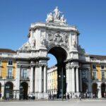 Arco Triunfal de Via Augusta en la Plaza del Comercio en Lisboa