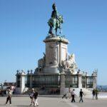 Estatua ecuestre de José I en la Plaza del Comercio en Lisboa