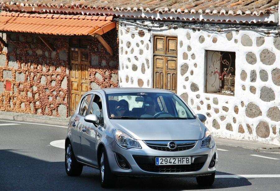 Coche de alquiler en la isla de Gran Canaria