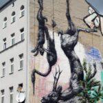 Fachada decorada en el barrio turco Kreuzberg de Berlín