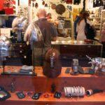 Tienda de artesanía en Gamla Stan, ciudad vieja de Estocolmo