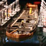 Maqueta del proceso de reflotación del barco Vasa en el museo Vasa de Estocolmo